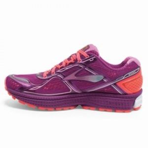 Brooks Women's Ghost 8 Running Shoes size 9.5